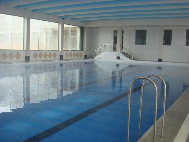 兴城市汤泉水苑度假村--温泉游泳馆