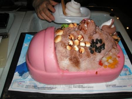 马桶栽冰淇淋图片