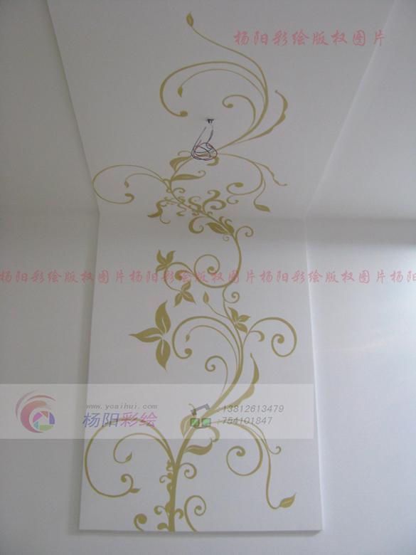 餐厅墙面手绘-线条流畅的藤蔓打造温馨舒适的空间