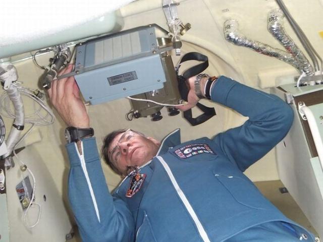 宇航员太空生活照曝光-爱历史---老照片的故事-搜狐