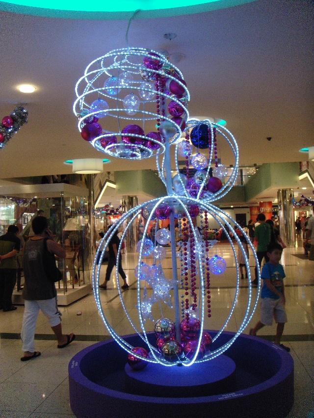 商场里圣诞装饰-二人世界