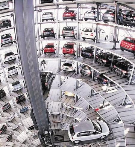 西北最大机械化立体停车库在乌鲁木齐落成