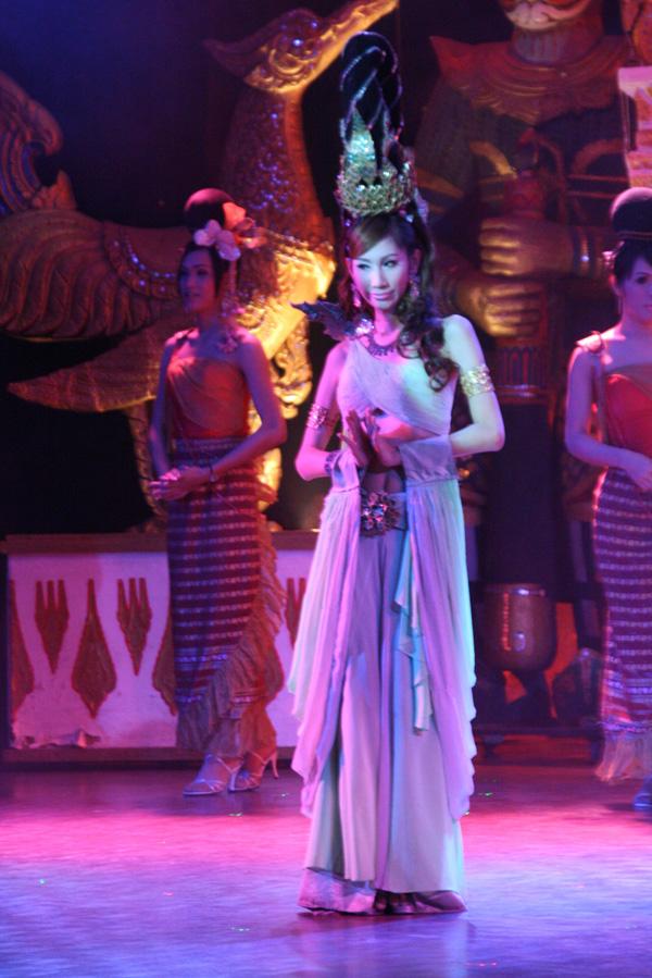 """《2010春天在哪里""""第十一乐章""""——泰国东方人妖秀——靓丽野艳看美女"""