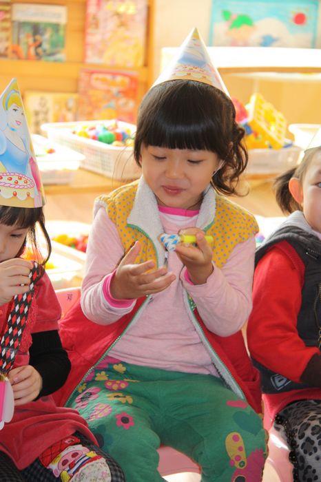 幼儿园男孩子生日礼物图片自制